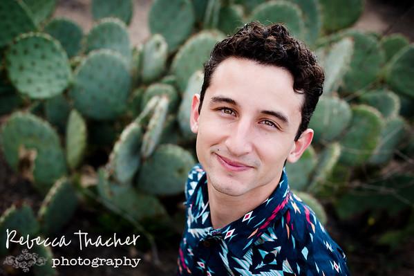 Max Emilio . Senior