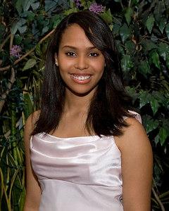 Melissa--024--R395--0457_215402_F80 8x10 crop