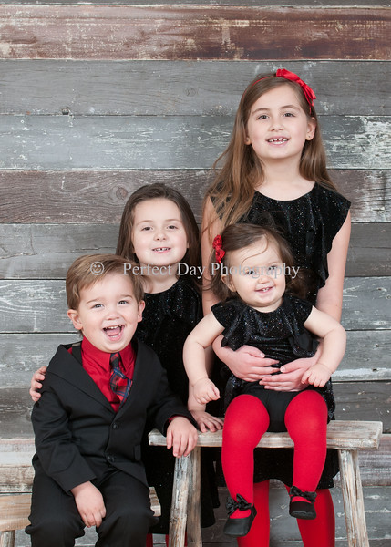 Mirra Children Holiday Pictures