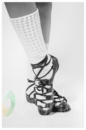 2HLP_1778-shoe-framebw