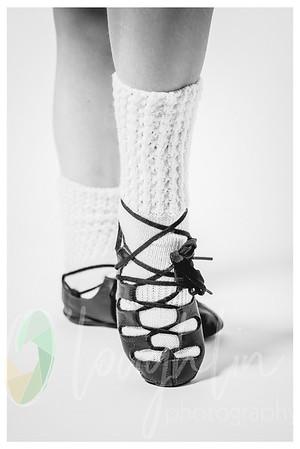 1HLP_1770-shoe-framebw