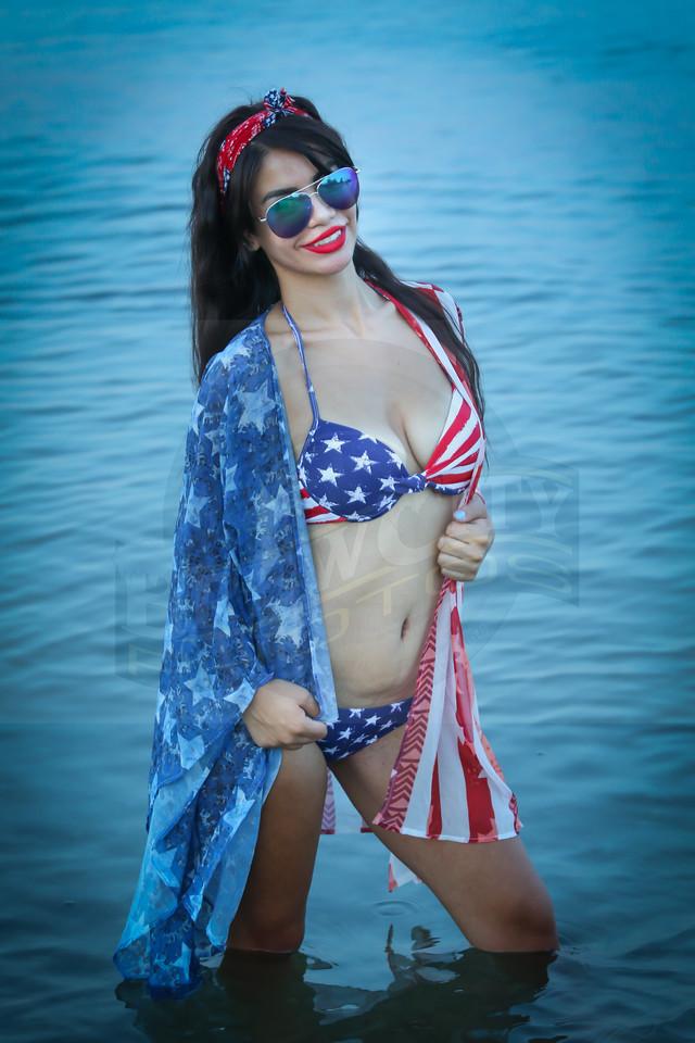 Michelle 4th Beach -10