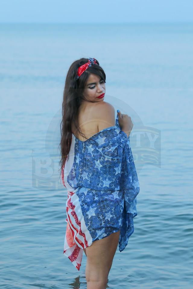 Michelle 4th Beach -16