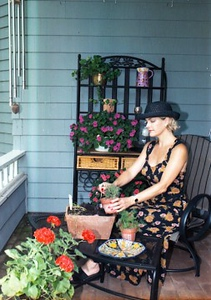 Deborah West - gardening doesn't have to be dirty!