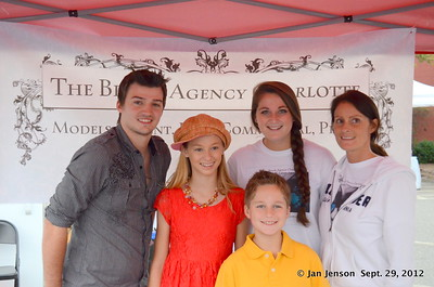 Rocky Hollifield, Kayli & Christoper Tolleson, Tori Canter & her lovely Mom, Danielle Angelo Canter.