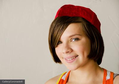 Kayla red hat7394
