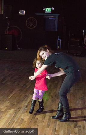 Krista & daughter 3048