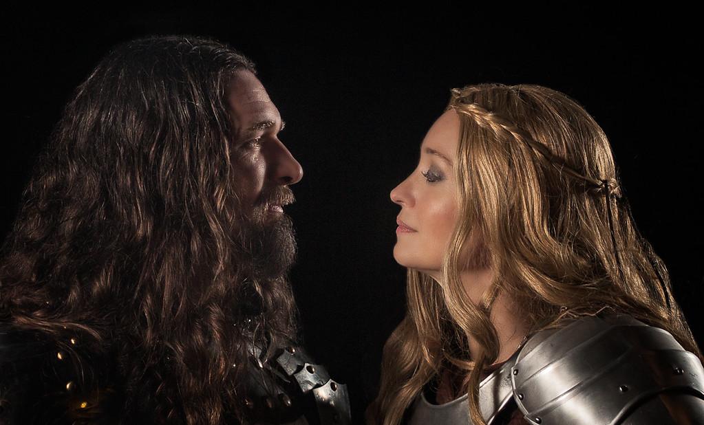 Kiss her Good Knight