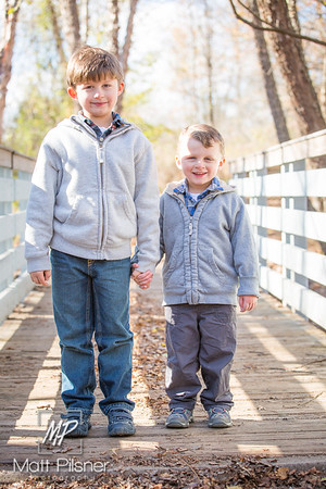 1177-11-14-2015 Fall Family Shots