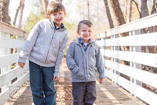 1172-11-14-2015 Fall Family Shots