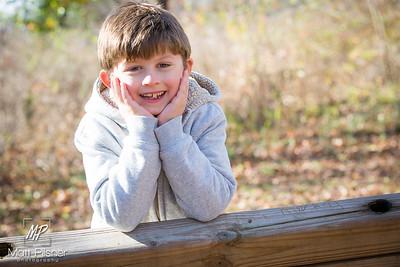 1237-11-14-2015 Fall Family Shots