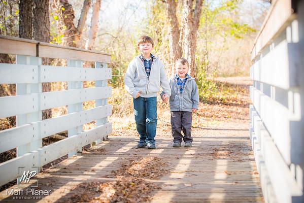 1220-11-14-2015 Fall Family Shots