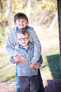 1099-11-14-2015 Fall Family Shots