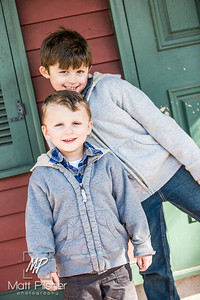 1126-11-14-2015 Fall Family Shots