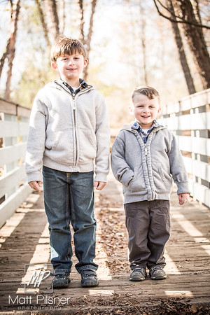 1176-11-14-2015 Fall Family Shots