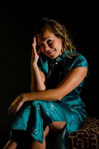 Nadia (25)