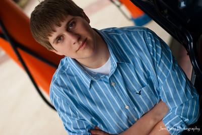 Nathan Volmering Senior Portraits-22