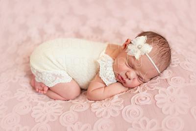 Mattea Newborn-26