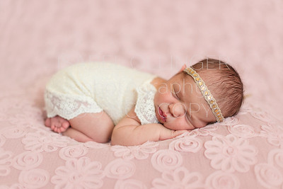 Mattea Newborn-33