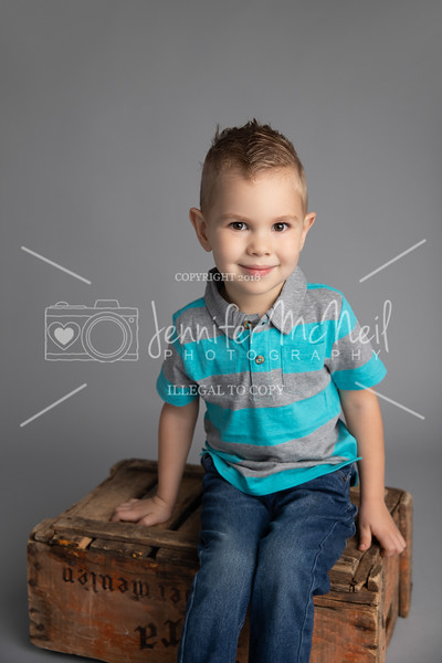 01-Nicholas-Newborn-Photos-0780-Mid
