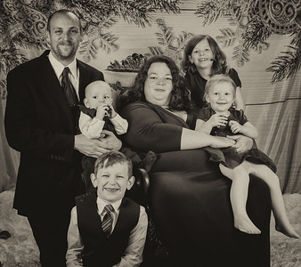 20191117-2019MarstallFamilyChristmasPhotos-All-9