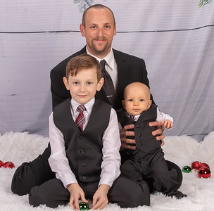 20191117-2019MarstallFamilyChristmasPhotos-NickDracoOrion-2