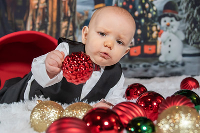 20191117-2019MarstallFamilyChristmasPhotos-Orion-1