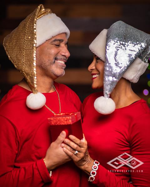 Nikki & Carlos Christmas 2019-06605