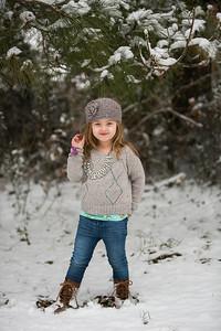 IMG_Snow_Portrait_Norah-8104