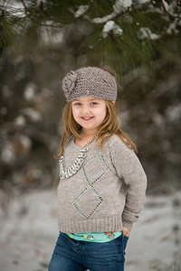IMG_Snow_Portrait_Norah-8077