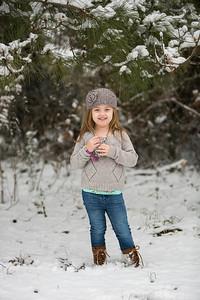 IMG_Snow_Portrait_Norah-8046