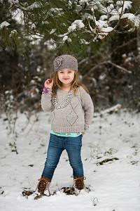 IMG_Snow_Portrait_Norah-8106