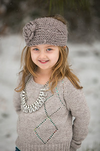 IMG_Snow_Portrait_Norah-8095