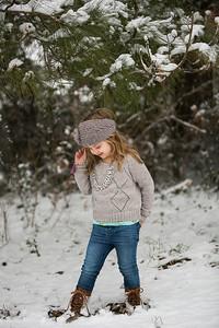 IMG_Snow_Portrait_Norah-8109