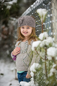 IMG_Snow_Portrait_Norah-8132