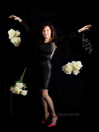 Patricia Blk_drop flowers 7840 112615