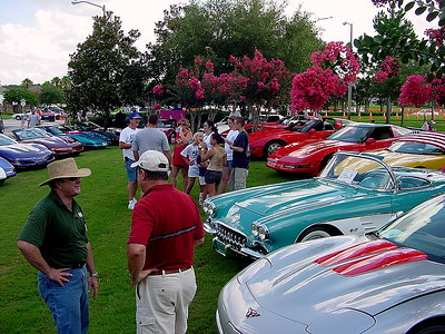 Hunters Creek 4th of July car show