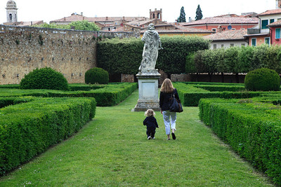 Mother and Son, in San Quirico Val d'Orcia