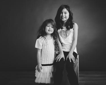 Plas girls black & white