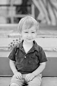 20190604-Shaver-Limefish-Studio-Playful-Portraits-05-BW