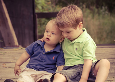 Brothers learning each other, one and three, it is still the early stage.