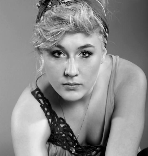 Kendra Howard, 12-1-2012 (IMG_6217) (Skin Smooth) B&W 4k