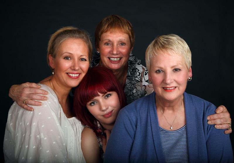 Julie, Scarlett, Moira & Joan, 19-7-2012 (IMG_9425_PP17) 4k