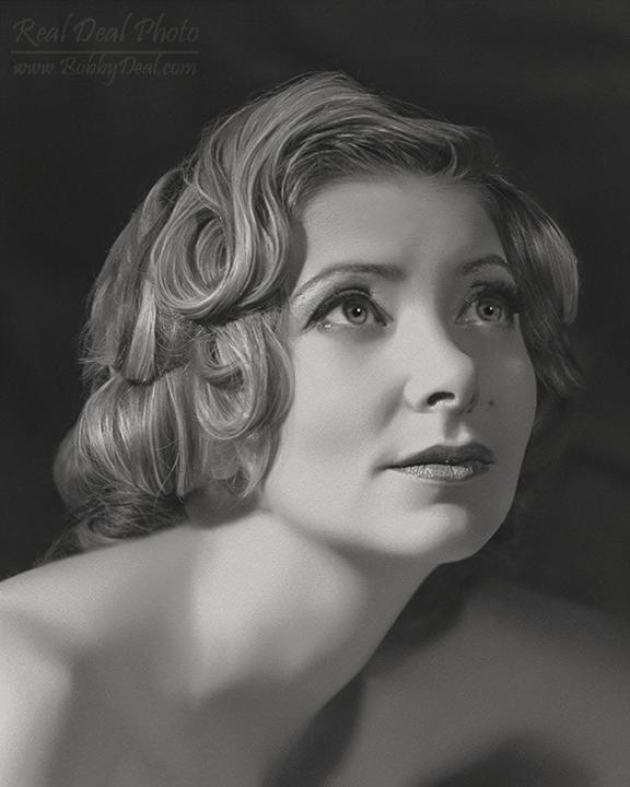 https://realdealphotography.smugmug.com/Portraits/Portrait-Samples/i-Vq7zz4p/0/X3/RDP_1151-BW_8x10-X3.jpg