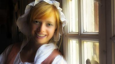 The young waitress / La jeune serveuse