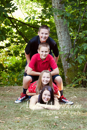 Kelly's Family - 2012