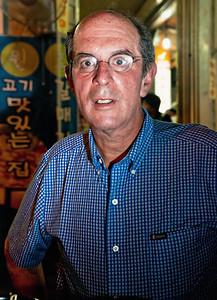 2010-06-24_Seoul_Jongro_3-ga_Keith_Rabin_Vertical-2605