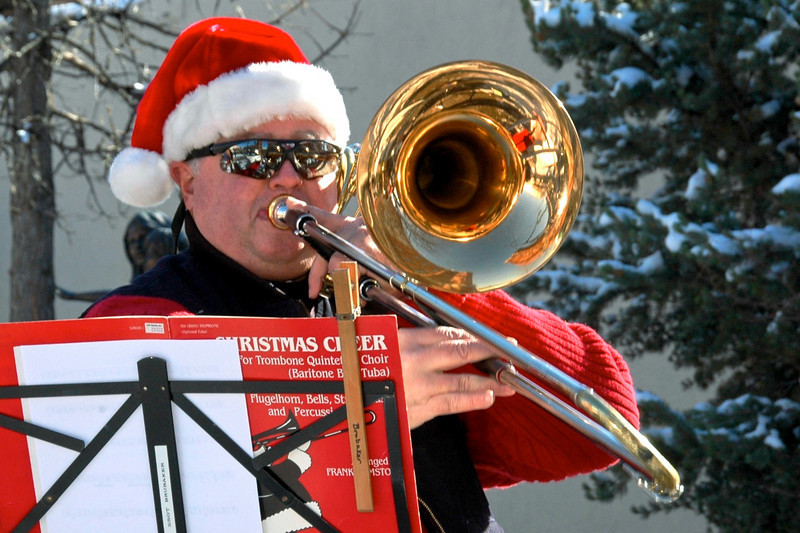 Holiday Horn