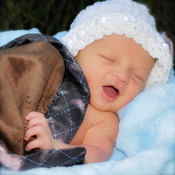 Brody - Newborn Photo Shoot.