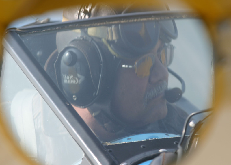 Stearman pilot, Captain Bob